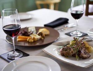 Accords mets et vins : quelles sont les règles culinaires à connaître ?